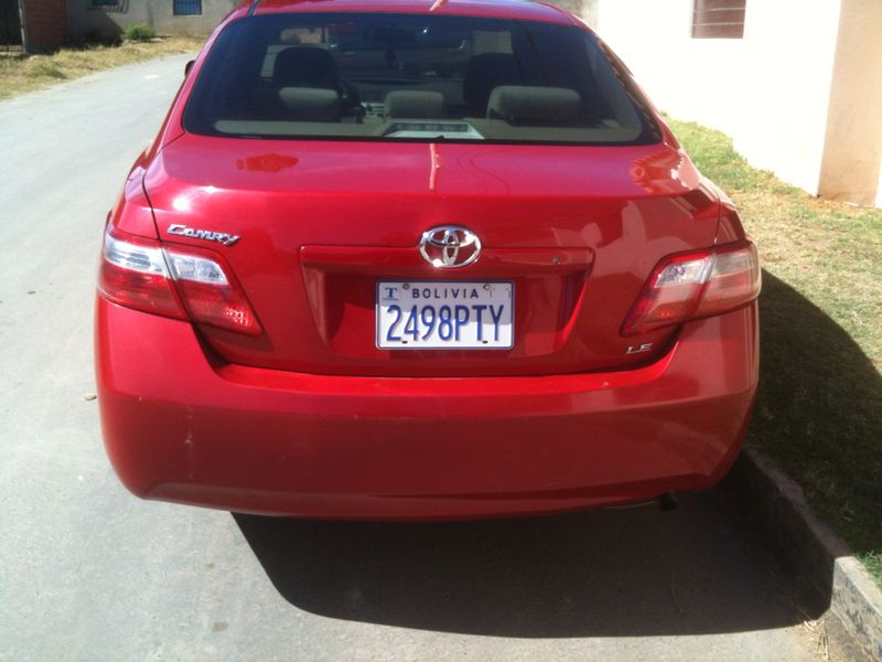 IMPECABLE TOYOTA CAMRY 2009 LE A 19500